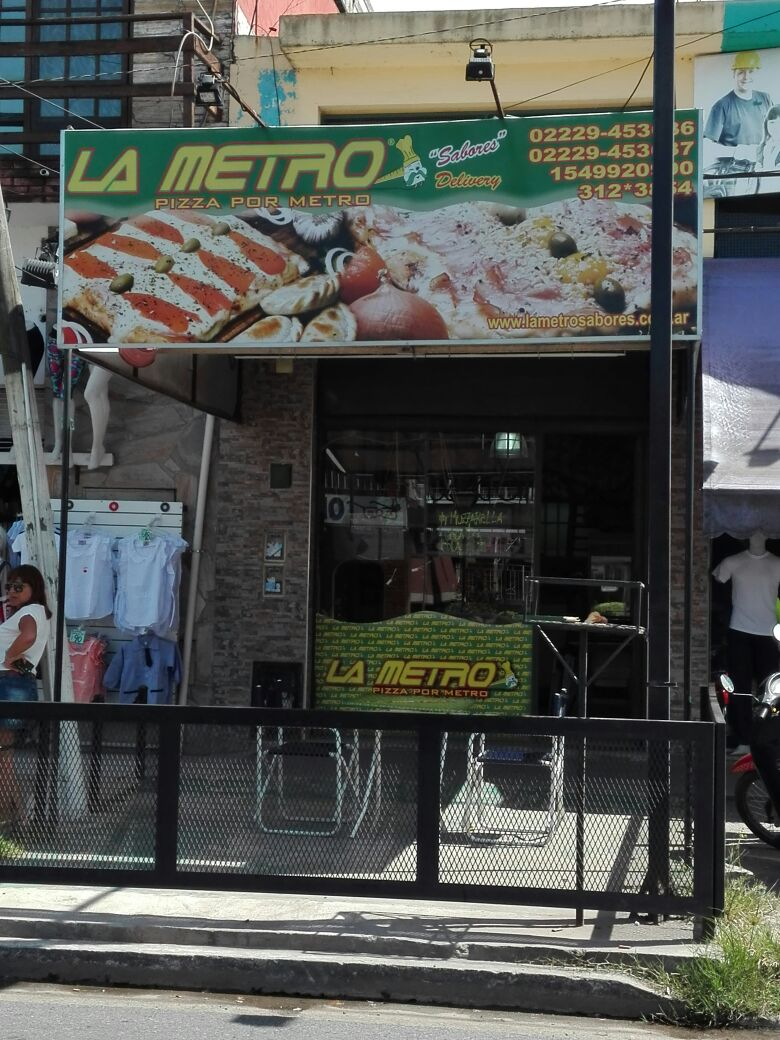 La Metro Pizzeria, Barrio Maritimo