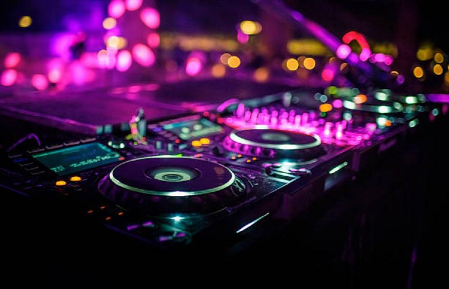 DJ Gaston